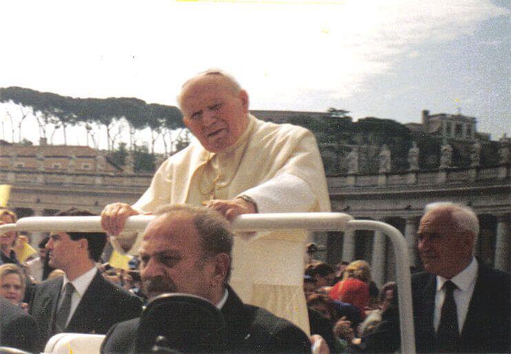 Kremówki z papają - Jan Paweł II - felieton